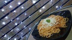 Spaghetti Cheese Bolognese