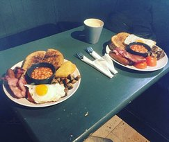 Can you handle our Classic Alice big breakfast?