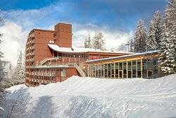 Hôtel sous la neige