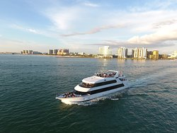 Yacht StarShip Cruises & Events Clearwater