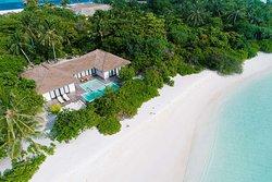 Bedroom Beach Pool Villa Aeriel
