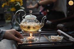 Tea at garden wing  #Sadec6 #68ĐặngVũHỷ ---------------- Sadec 6 - Cuisines from the heart of Mekong - Nhà hàng ẩm thực di sản vùng Mekong 68 Đặng Vũ Hỷ, Sơn Trà, Đà Nẵng (https://g.page/Sadec6?) https://m.me/Sadec6 Hotline: 094 149 68 66 https://sadec6restaurant.com Instagram: sadec6danang #MonNgonDaNang #Sadec6 #MekongFood #VietnameseFood #Danang