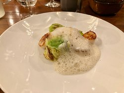 Affinité - scallops, cabbage and apple