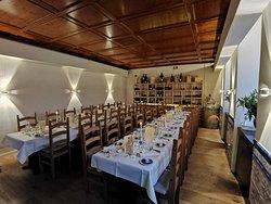 Unsere Bodega, die Bodega ist ein abgetrennter Gastraum mit bis zu 35 Plätzen und bietet sich ideal für Veranstaltungen an