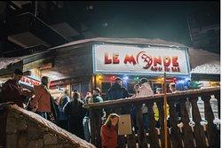 Le Monde Apres-ski Bar