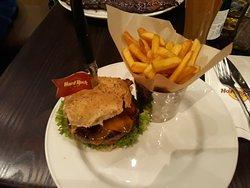 hamburger e chips senza glutine