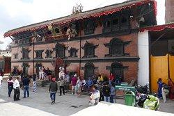 La facciata esterna del Kumari Bahal