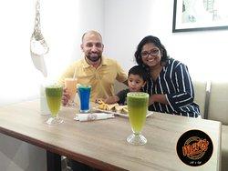 A family having their #MerizMoment