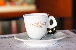 Un buon caffè Excelsior per iniziare la giornata nel migliore dei modi!☕️