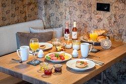 Bergchalet mit Frühstück