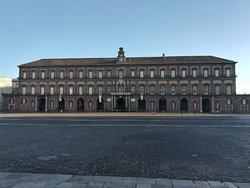 Piazza del Plebiscito, Неаполь, январь.