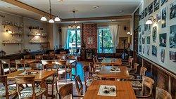 SALUS Pub interior