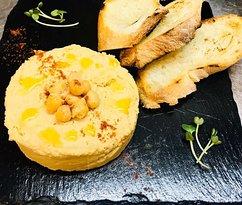 Hummus with crispy chiabat - 86 uah