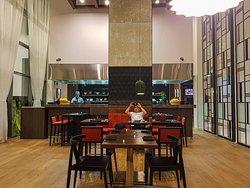 Wox Restaurant - DubaiTravelBlog.com