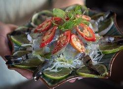 Sashimi prawns  #Sadec6 #68ĐặngVũHỷ ---------------- Sadec 6 - Cuisines from the heart of Mekong - Nhà hàng ẩm thực di sản vùng Mekong 68 Đặng Vũ Hỷ, Sơn Trà, Đà Nẵng (https://g.page/Sadec6?) https://m.me/Sadec6 Hotline: 094 149 68 66 https://sadec6restaurant.com Instagram: sadec6danang #MonNgonDaNang #Sadec6 #MekongFood #VietnameseFood #Danang