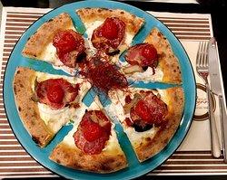 Una delle nostre pizze gourmet winter edition. Provale!