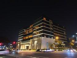 林皇宮 - LV森林百匯
