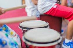 mas'ta hayatına RİTİM KAT!🎻🎸🥁 Özel Müzik ve Enstrüman Derslerimiz İçin; +90 533 154 66 06 bizimle iletişime geçmeniz yeterli www.masakademi.com  #bodrum #ortanokta #ortakzevkler #midtown #bodrumunkalbi #hayatınamaskat #masakademi #sanat #egitim #ozelkurs #ozeldersler #gitar #akustikgitar #art #alisverismerkezi #maskoro #masbroadway #muzik #guzelsanatlar #enstruman #cuma
