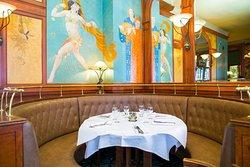 Le General Lafayette c'est aussi la rencontre d'une décoration d'antan et d'une cuisine de brasserie traditionnelle et moderne.  Crédit : @agencemohca   #lunch #instagood #photooftheday #beautiful #picoftheday #food #restaurant #chef #dejeuner #paris #generallafayette #yummy #foodporn #foodie #foodphotography #instafood #foodstagram #foodlover #foodgasm #foodpics #tasty #delicious #lunchtime #workinglunch #traditionalcook #frenchfood