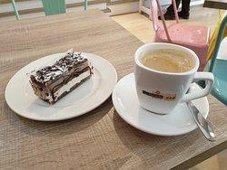 Trevlig liten servering/bageri