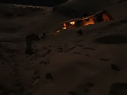 rifugio in notturna