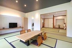 家族単位で利用可能な 和室(10畳+8畳)