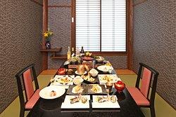 14室すべてに用意された 個室食事処