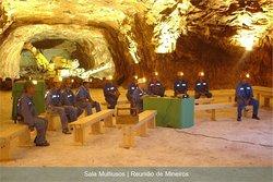 Sala Multiusos | Reunião de Mineiros