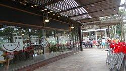 Exterior Mc Bar
