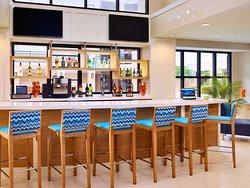 The Pour - Bar Lounge