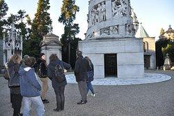 tour al monumentale