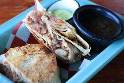 Nuestros BURRITOS Con frijol negro o frijoles refritos, queso y pico de gallo. Las opciones son: Sencillo Pollo Ribeye