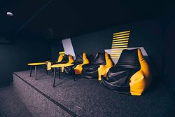 Between games, you take a rest in our lounge areas with cozy bean bags, sofas, and refreshing drinks!