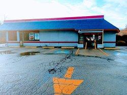 Outside entrance to Burger King