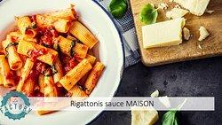 Nos Rigattonis avec sauce aux tomates fraiches