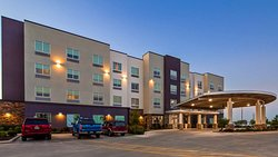 Welcome to the Best Western Plus Roland Inn & Suites!