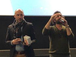 Préparation à la distribution des autographes à l'avant-première du film «Le Lion», Pathé Aéroville le 26/01/2020