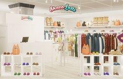 Магазин яркой одежды Shocolatti