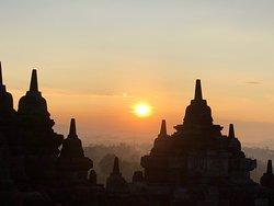 Sunrise @Borobudur Temple