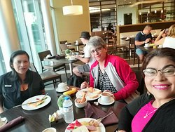 Desayuno con la compañeras Hotel Windham