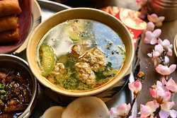 Gourd soup with pork