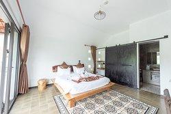 Victory Villas bedroom