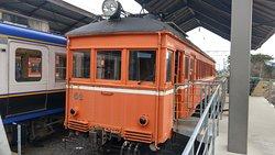 展示於出雲大社前車站的舊列車