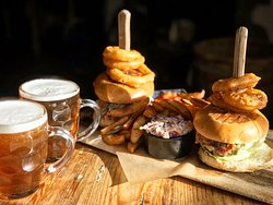 NEW OFFER  Tuesday Night Beer & Burger 🍔🍻 Grab one of our super tasty burgers with homemade chunky chips and a pint of Stancill Brewery Barnsley Bitter from only £12.50 pp. Choose from Baslow beef, chicken or veggie burgers with optional sides available. T's & C's apply.