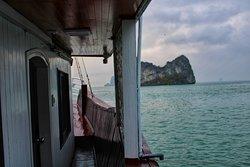 Halong Bay Renea cruise