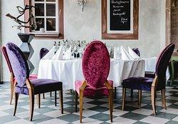 ESSLIBRIS Restaurant