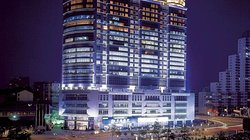 Suning Universal Hotel Exterior