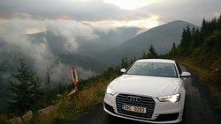 Introducing comfort class. Audi A6, BMW 5 Series, Mercedes-Benz E-Class, Volkswagen Passat, Škoda Superb L&K or similar.