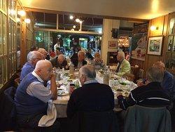 Grup yemekleri için sizlere harika bir ortam sunuyoruz...