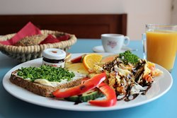 Monatsfrühstück